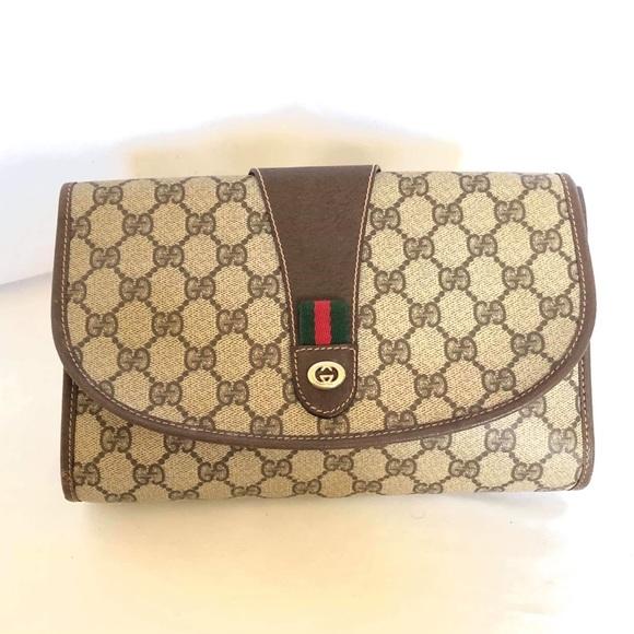 ecc0e7e2e214 Gucci Bags | Sold Vintage Gg Supreme Clutch Bag | Poshmark